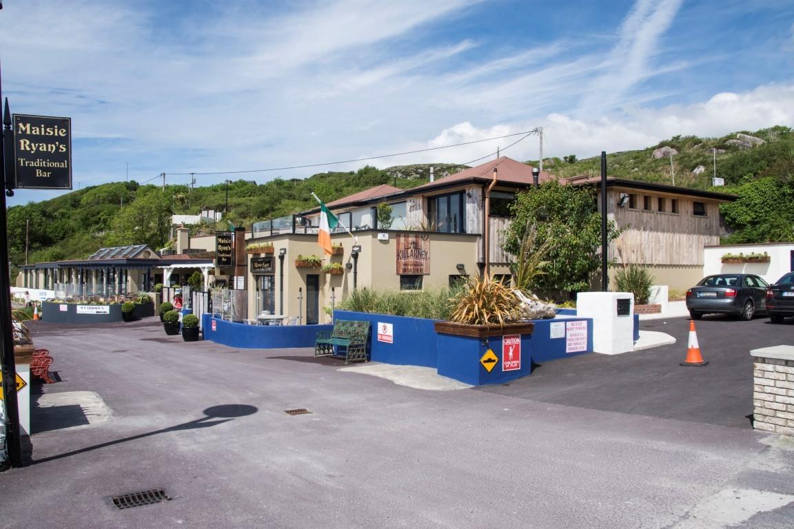 O'Carroll's Cove Beach Bar & Restaurant